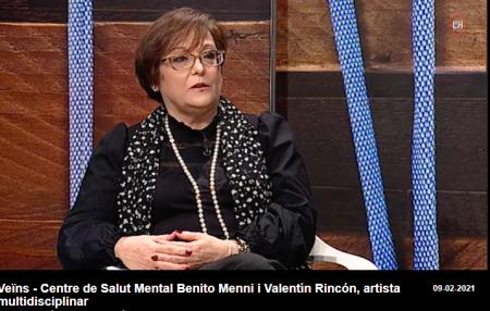La doctora Bosque durant l'entrevista al programa Veïns de la Televisió de l'Hospitalet